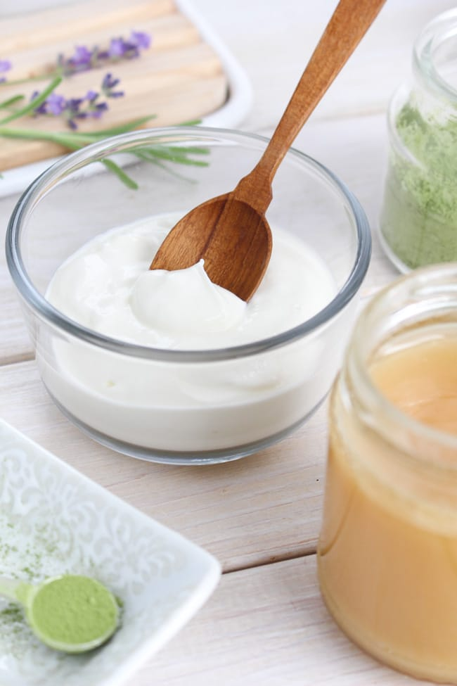 greek yogurt gently exfoliates skin with natural lactic acids which it's the featured ingredient in this exfoliating homemade face mask recipe
